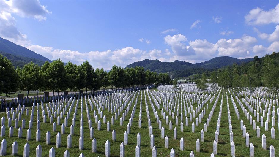 2015-07-07t161104z_335805840_gf10000151473_rtrmadp_3_bosnia-srebrenica.jpg