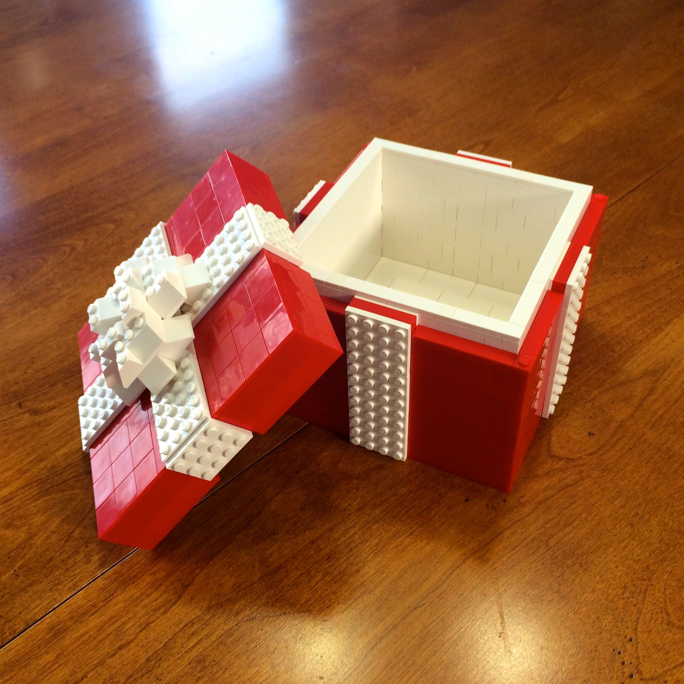 lego_giftbox.jpg