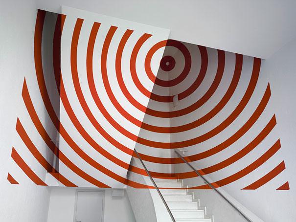 anamorphic-illusions-by-felice-varini-37.jpg