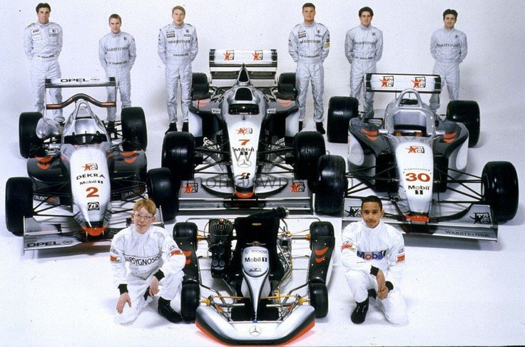 mclaren_team_1998.jpg