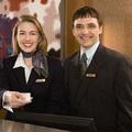 Amikor a befőtt teszi el a nagymamát, avagy a hotel recepciósok 7 típusa