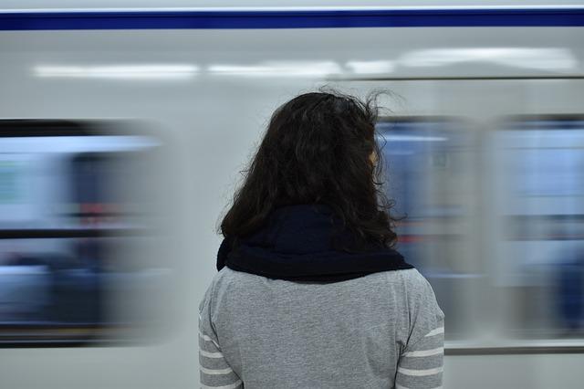 subway-2164661_640.jpg