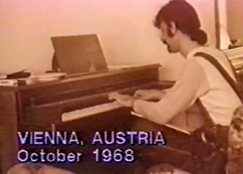 Zappa Piano Vienna 1968.jpg