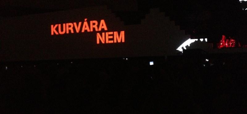 kurvara_nem.jpg