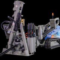 Föld alatt nyomtat a robot