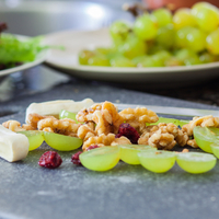 Egy nyáridéző pikáns saláta: a chilis szőlő