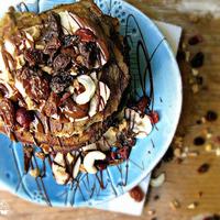 Amerikai zabpalacsinta reggelire mogyoróvajjal és banánnal (cukormentes, laktózmentes)