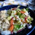 Tejszínes mézes-mustáros-gyömbéres csirkemell rizzsel és tavaszi salátával