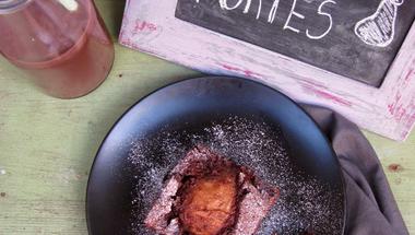 Lisztmentes körtés csokis süti