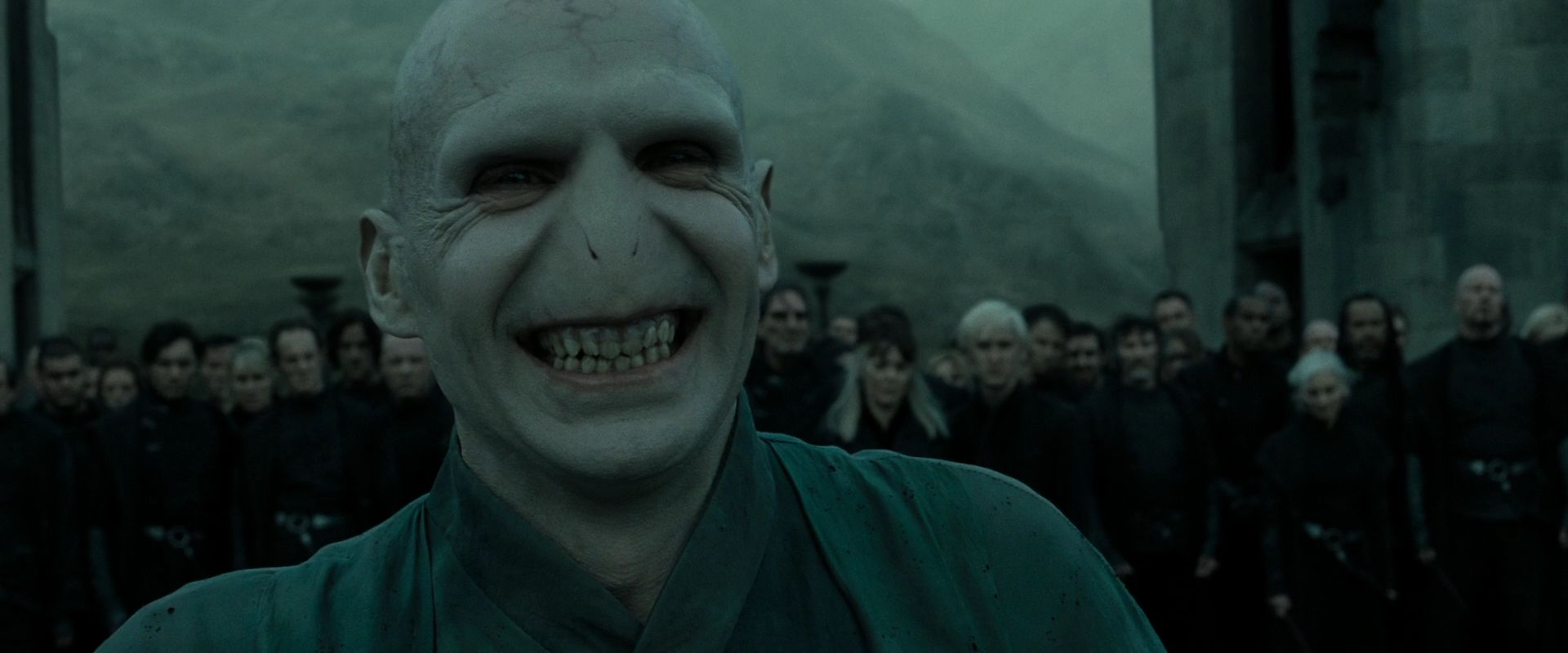3141025-hp-dh-part-2-lord-voldemort-26625098-1920-800.jpg