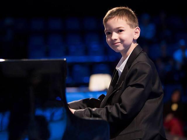 Boros Misi a Nemzeti Filharmonikusokkal lép színpadra a Müpában