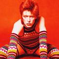 Új, bizarr részletek derültek ki David Bowie életéről