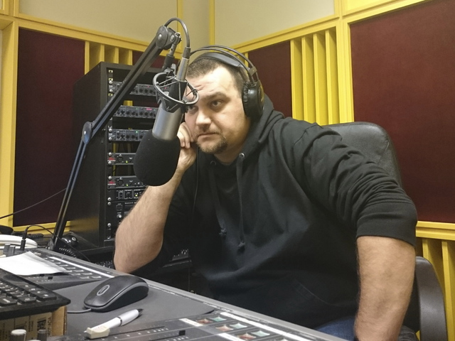 Gyári munkásból lett rádiós mogul Szamóca