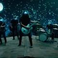 Csillagfényes tünemény a Foo Fighters új videoklipje