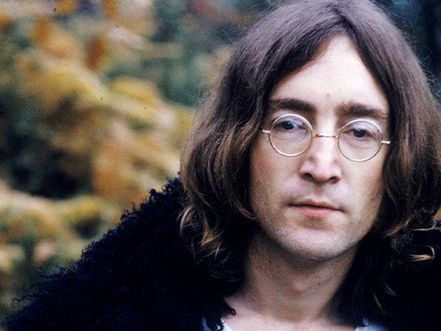 Meglelték John Lennon ellopott szemüvegeit