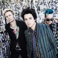 Visszarepül a múltjába a Green Day az új klipjében