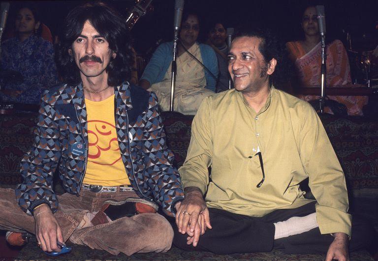 Őszinte barátságot ápolt Ravi Shankar szitárművésszel