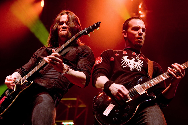 2. Mark Tremonti, Myles Kennedy (Alter Bridge)