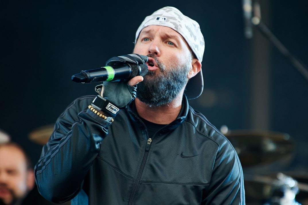 Fred Durst<br />Az örökkévalóság óta készülő Limp Bizkit lemez talán sosem kerül a boltok polcaira, Fred Durst pályafutása ellenben új lendületet vehetne a Linkin Parkban. Sem a rap, sem az üvöltő részek nem okoznának neki problémát.