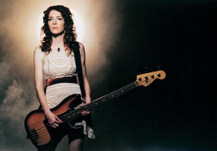 Kristin Pfaff  (1967. május 26. – 1994. június 16.)  A Hole zenekar basszusgitárosát alig két hónappal Kurt Cobain elvesztése találtak holtan apartmanjában. Halálát akut ópiát-mérgezés okozta, így rövid időn belül Courtney Love még egy számára különösen fontos embert veszített el.