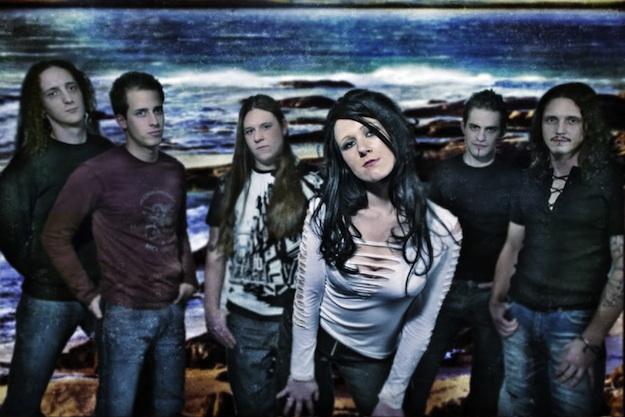 Nicole Bogner (1987. március 22. – 2012. január 6.)  A Visions of Atlantis szimfonikus metálzenekar énekesnője hosszan tartó kemény küzdelemben maradt alul a rákkal szemben 2012 január 6-án.