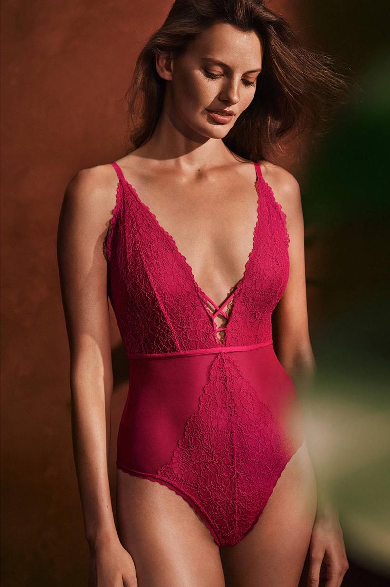 hm-valentines-day-lingerie-2017-looks03.jpg