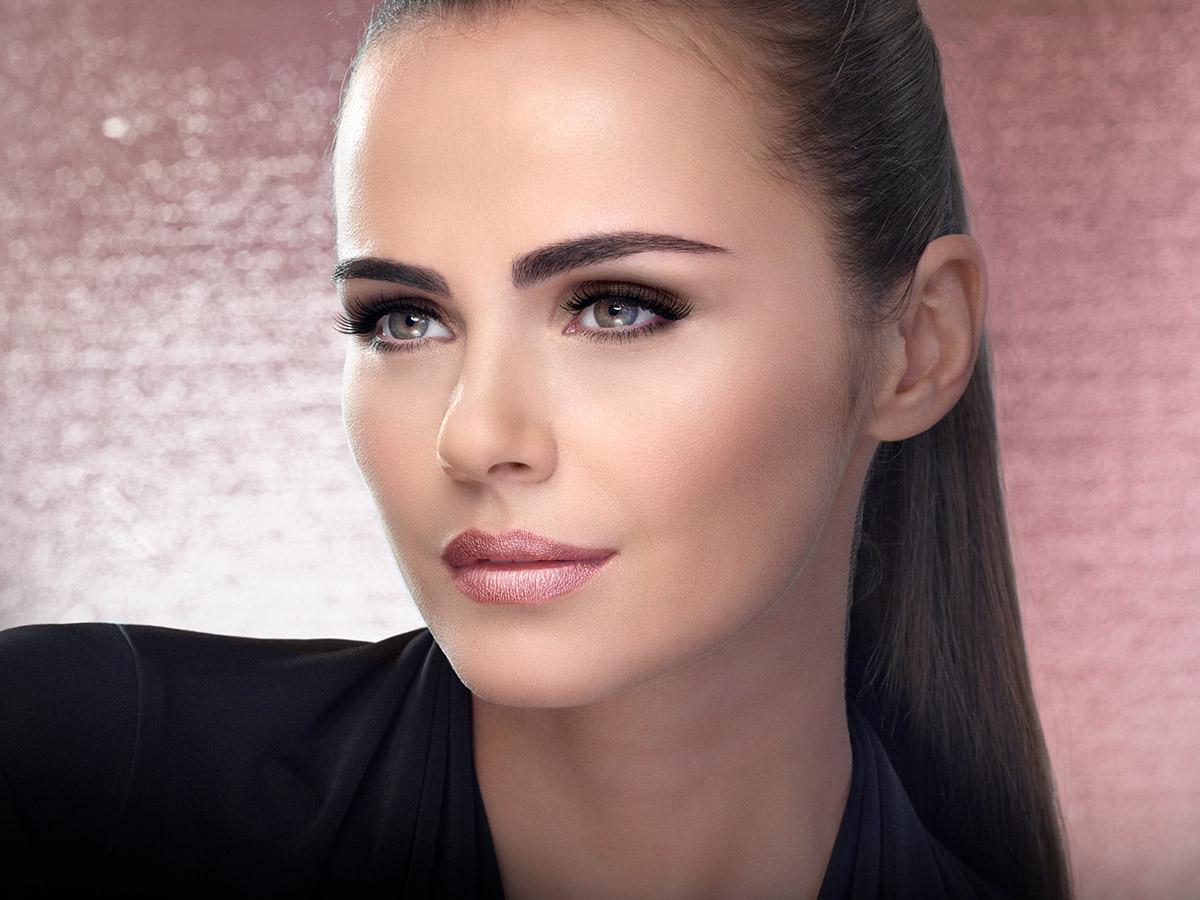 isadora-ultra-matt-liquid-lipstick-model.jpg