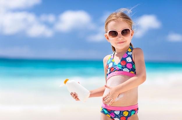 kids-sunburn-child-beach-sun-cream.jpg