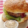 Hamburger (buci és hús)