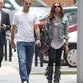 Giggs feleségével Manchesterben