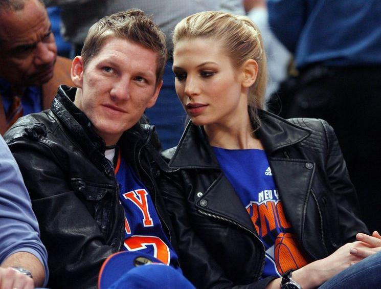 Family photo of the model, dating Bastian Schweinsteige, famous for Girlfriend of Bastian Schweinsteiger.