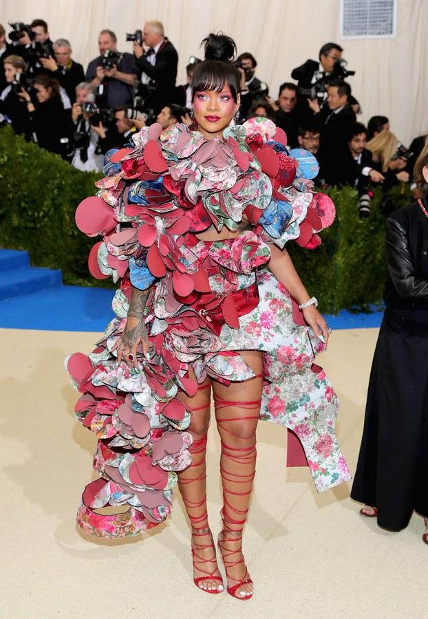 met-gala-2017-best-dressed-rihanna.jpg