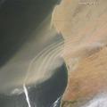 Szállópor-hullámok a Nyugat-Szaharából