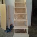 Praktikus helykihasználás: fiókos lépcső galériához