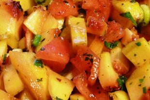 Grillezett őszibarack salsa