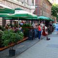 Józsefvárosi piknik - terasz az autók helyén