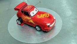 McQueen távirányítású torta - RC Cake
