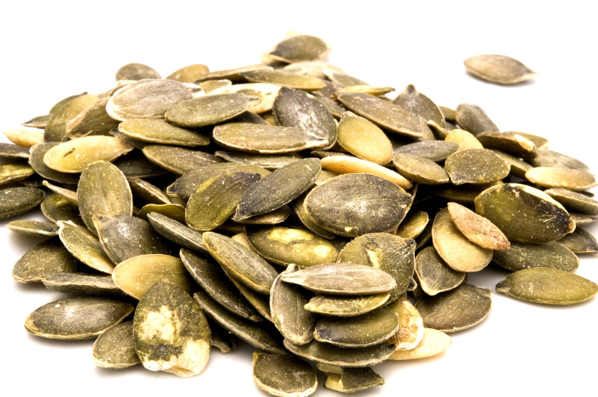 pumpkin-seeds-1326476_1920.jpg
