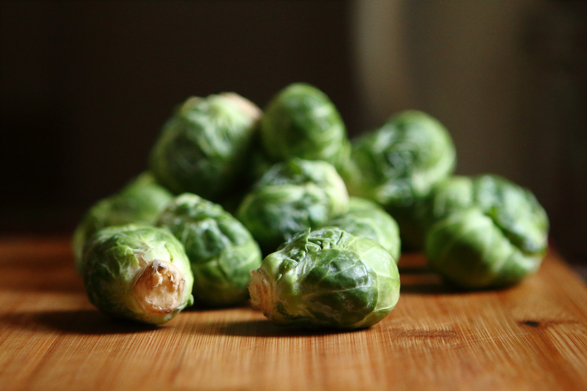 brussels-sprouts-865315_1920.jpg