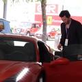 Ferrarit tesztelt Keanu Reeves