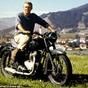 Elárverezték Steve McQueen legendás motorjait