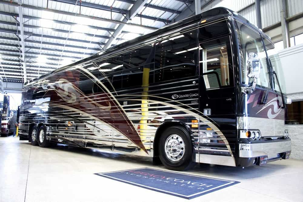 country-coach-prevost.jpg