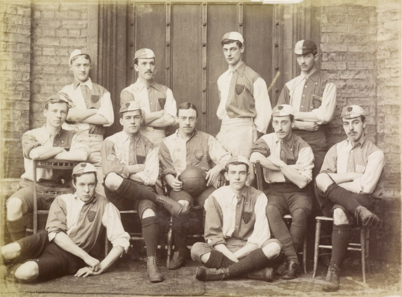 peterhouse-_association-_football-_team-_autumn-1886.jpg