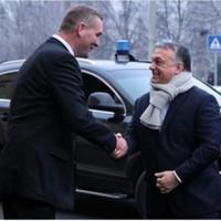 Gerillamarketing taktikák: Orbán sálja