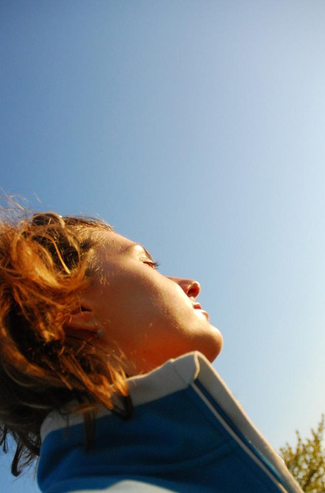 sunbath-1311271-639x968.jpg
