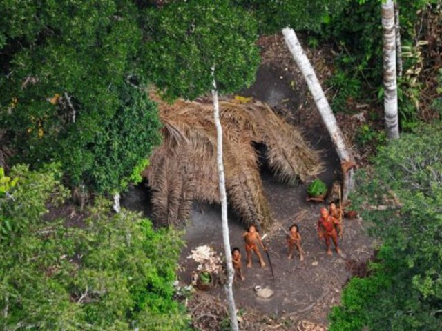 Az amazóniai indiánok a túlélésükért küzdenek