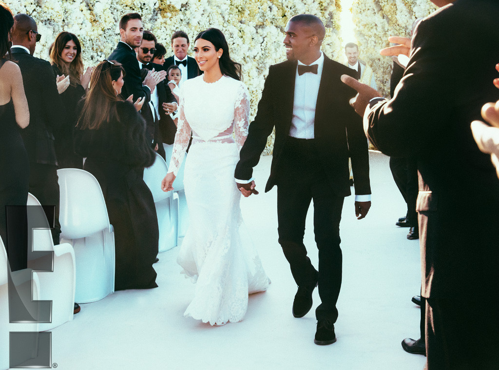 rs_1024x759-140526212702-1024-3kim-kardashian-kanye-west-wedding_ls_52614_copy.jpg