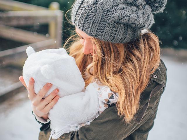Kisbabák levegőztetése télen – A skandináv módszer