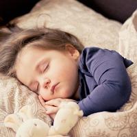 Miért nem alszik a gyerek? Íme egy újabb magyarázat!