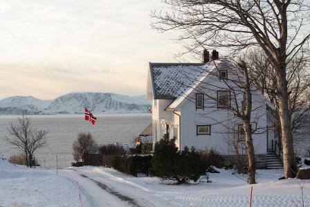 64_norvegian_flag.jpg